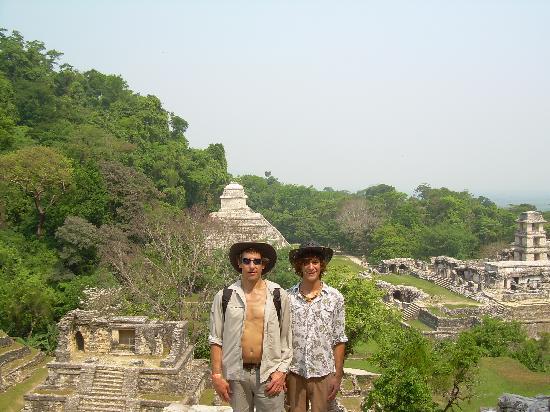 Palenque, México: Happy Travelers