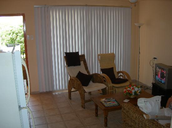 Camacuri Apartments Aruba: Living
