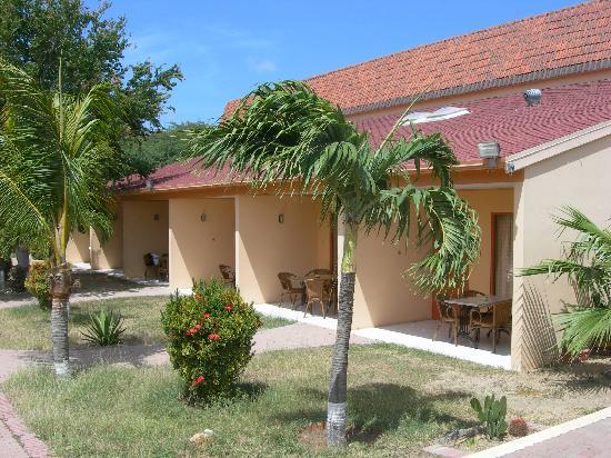 Camacuri Apartments Aruba: Jardín Interior