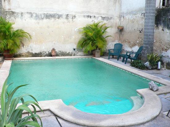 Luz En Yucatan : pool