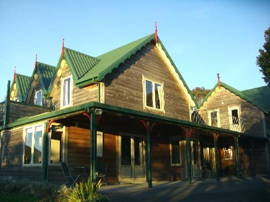 Awatuna Homestead: Exterior