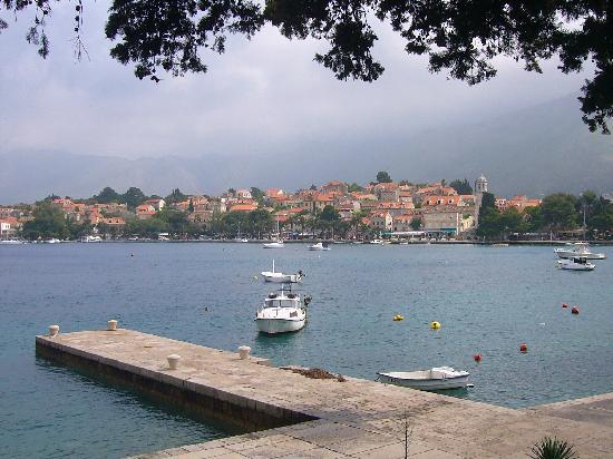 Villa Pattiera : Another view of Cavtat