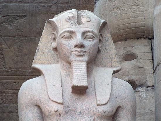 first known chicken pox death can be of ramses v