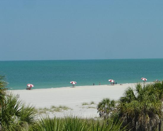 Fort De Soto Park: This is one of the LESS interesting beaches!