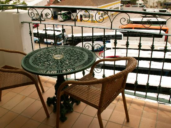 Hotel Marina Rio : Balcony, with view of bus station