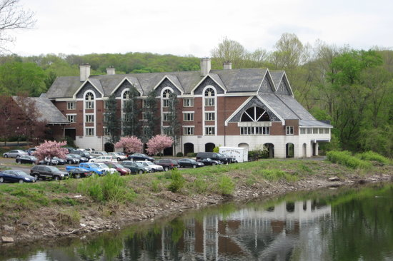 Lambertville, Nueva Jersey: View of the Inn from the road.