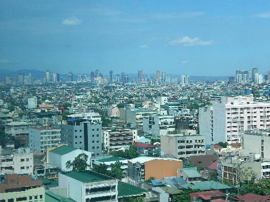 Pan Pacific Manila: View from Pacific King Room