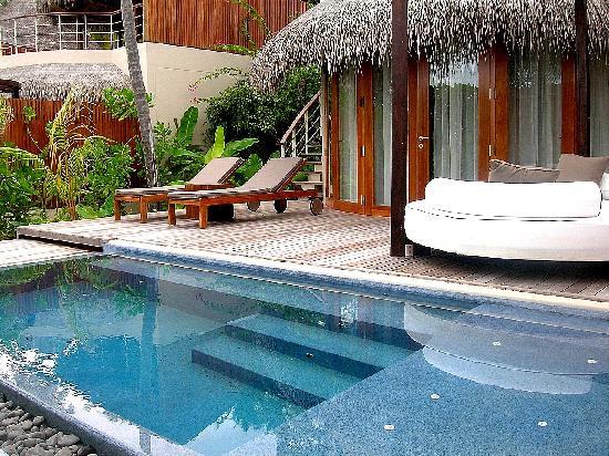 W Maldives: bañera