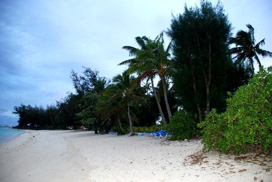 The Rarotongan Beach Resort & Spa: playa