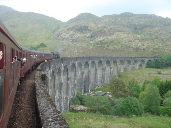 Jacobite Steam Train: Viaduct from Harry Potter Movie