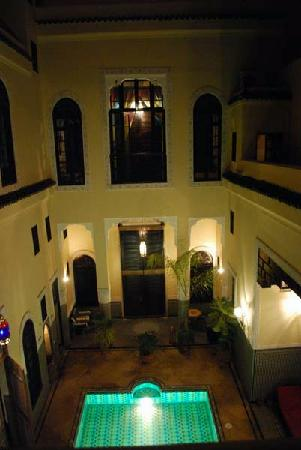 Riad Fes Baraka: view at night