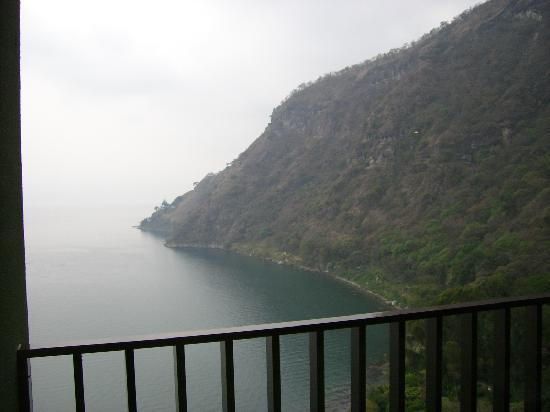 Hotel La Riviera de Atitlan: Vue du Balcon - Lac Atitlan