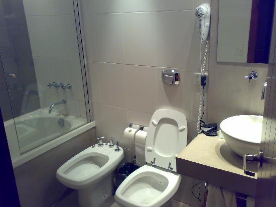 Mine Hotel Boutique: Bathroom hab. 208