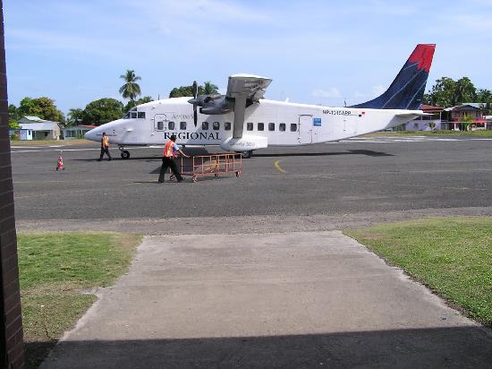 Pueblo de Bocas, Panamá: Scariest  plane ride of my life, old, bumpy but apperantly safe!