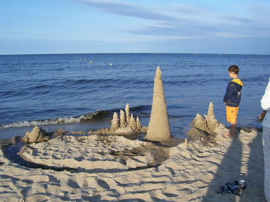 Sopot, Polônia: Great beach for sand castles