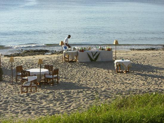 Anjajavy, Madagascar: Dinner on the beach