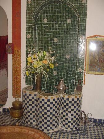 Dar Rass El Maa - Maison d'Hotes: Le séjour - 2