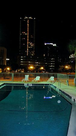 Travelodge Orlando Downtown Centroplex: La piscina microscopica