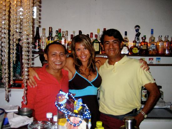 Casa Freud: Carlos, me and Michael! Just another night at the bar!
