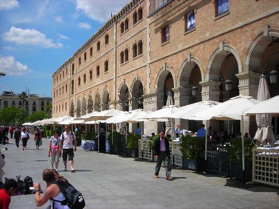 Ilunion Barcelona Restaurants At Port Vell