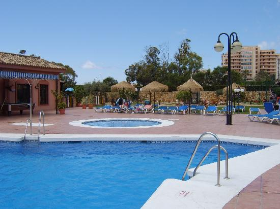 Sitio de Calahonda, Spanje: heated pool