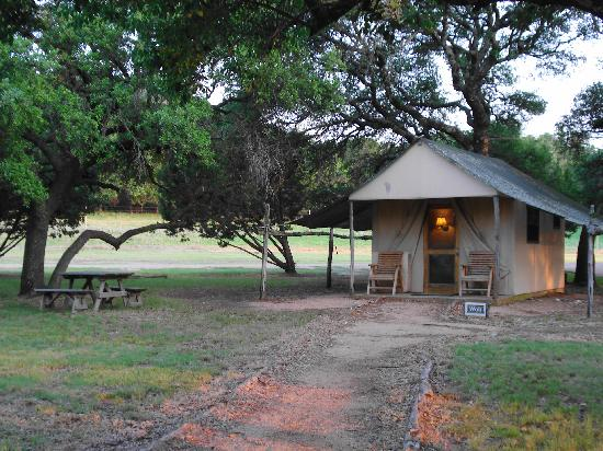 Foothills Safari Camp at Fossil Rim: Safari Tent