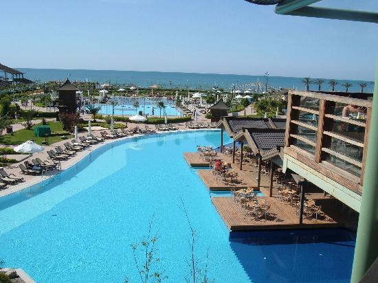 Limak Lara De Luxe Hotel&Resort: view from restaurant
