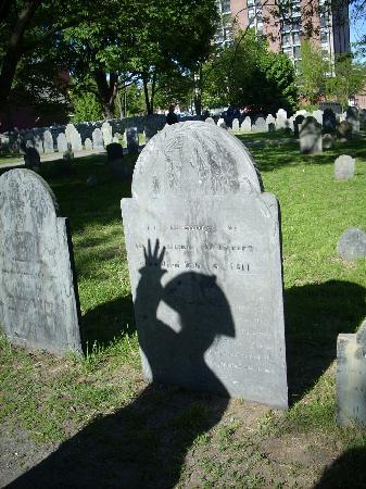 Salem Heritage Trail Tour: Old Burying Ground Cemetery