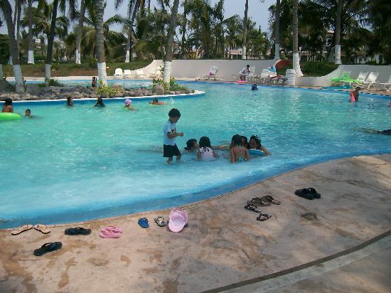 Gran Festivall All Inclusive Resort: miz zobrinoz en la alberkillaa