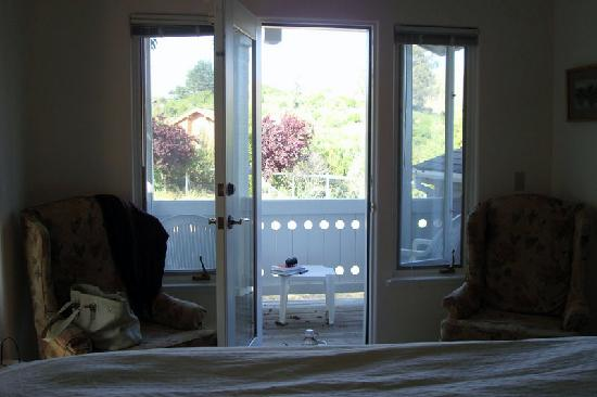 Point Reyes Country Inn and Stables, Cottages on the Bay, Groom's Quarters: Room #4 - view from bed out to balcony (gorgeous)