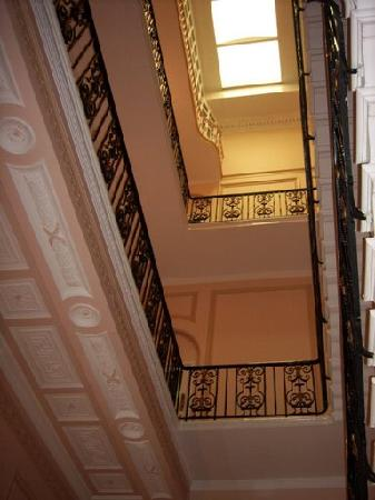 Stairs At Columbia Hotel Bild Von The Columbia London Tripadvisor