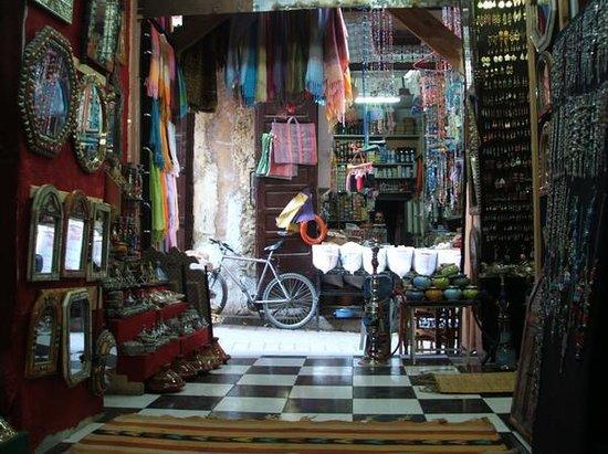 Fes, Marokko: Tienda de Samir
