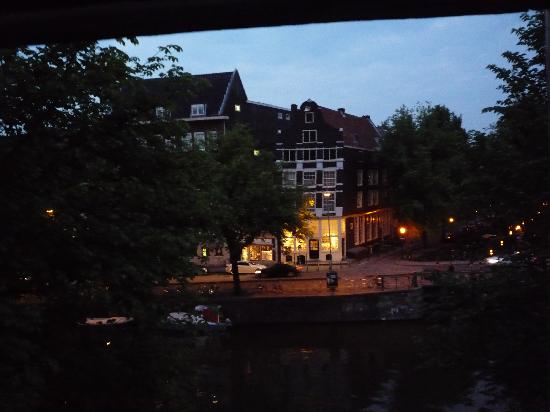Amsterdam Escape:The Suite - night time view from front room