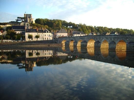 Montrichard Bridge at dawn