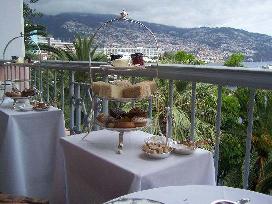 Belmond Reid's Palace: Afternoon tea on the terrace