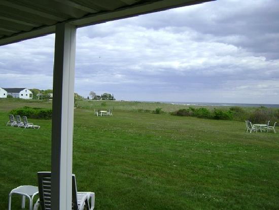 Seaside Inn: Another view from our back patio....