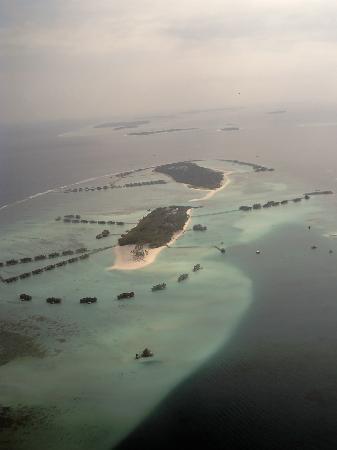 Lhaviyani Atoll: Going to kuredu
