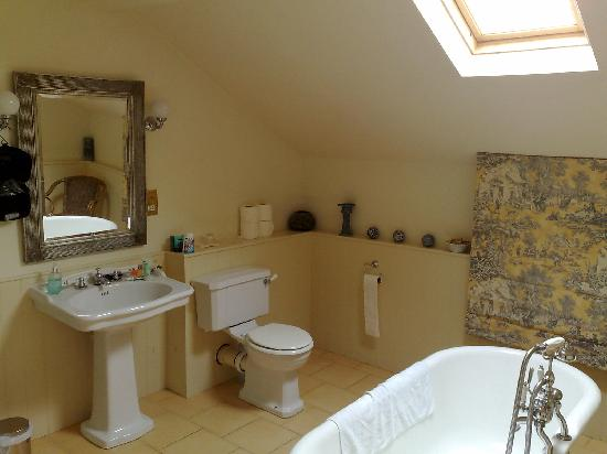Gin Trap Inn: Wonderful Bath and Shower