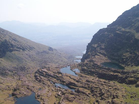 Mount Brandon: The grotto from above, looking back towards Cloghane