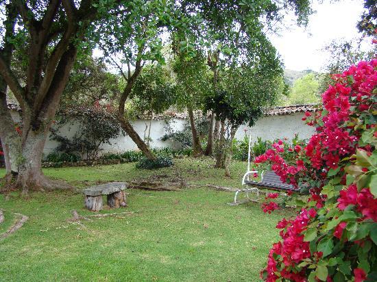 Hacienda Baza Hotel: Jardin