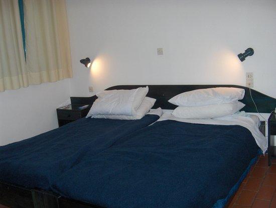 Kirki Village: bedroom