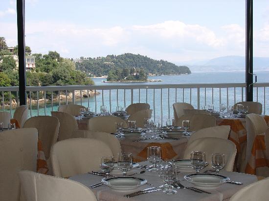 Perama, Yunani: view from restaurant