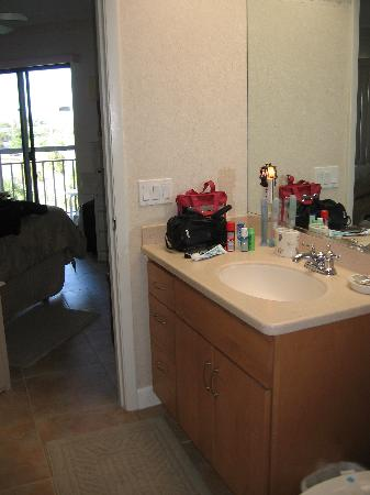 Gulf Strand Resort: ensuite bath
