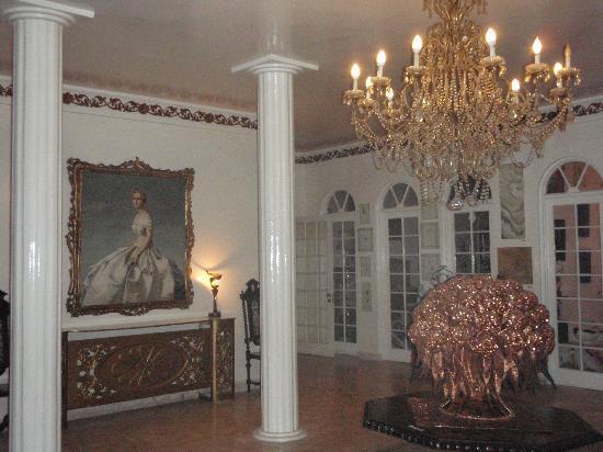 Jamaica Palace Hotel: The reception area
