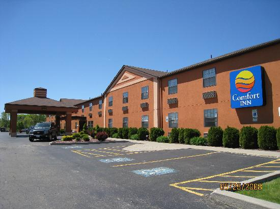 Outside - Dunkirk, N.Y.; Comfort Inn