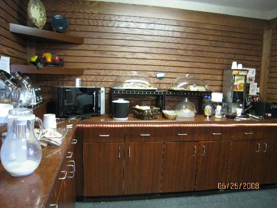 Food - Dunkirk, N.Y.; Comfort Inn