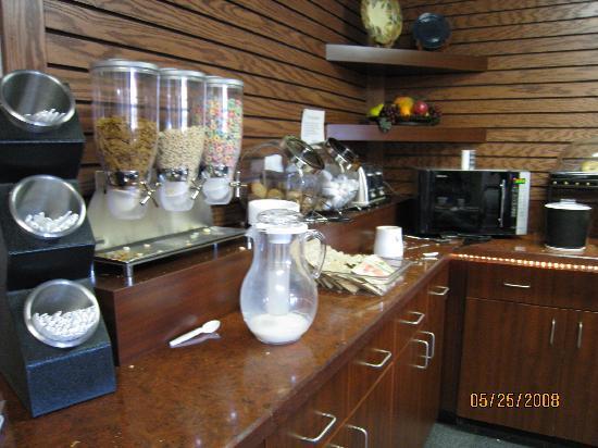 Cereals - Dunkirk, N.Y.; Comfort Inn
