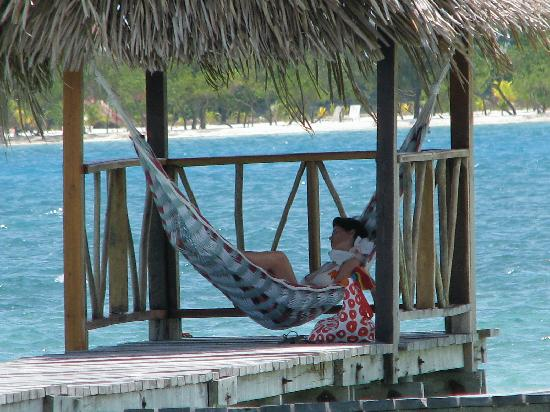 Thatch Caye Resort: One of many