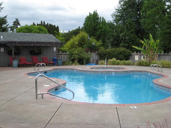 Hotel Review g d Reviews m Village Green Resort Cottage Grove Oregon.