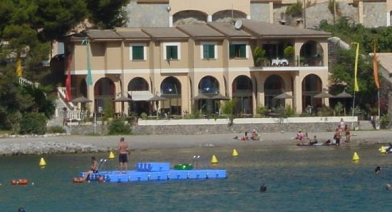 Bar and Restaurant Agapanto: Restaurant Agapanto - View from Hotel Marina